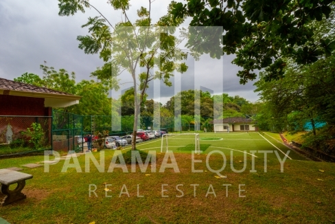 Embassy Club Forest Estates Clayton Panama for Rent-016