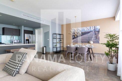 One_bedroom apartment_in_Yoo_Panama_for_sale_Diningroom