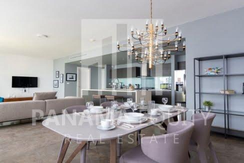 One_bedroom apartment_in_Yoo_Panama_for_sale_Diningroom1