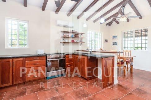 3 bedroom country home in Los Destiladeros, Pedasi10