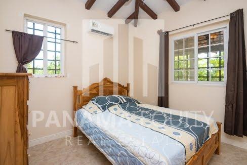 3 bedroom country home in Los Destiladeros, Pedasi14
