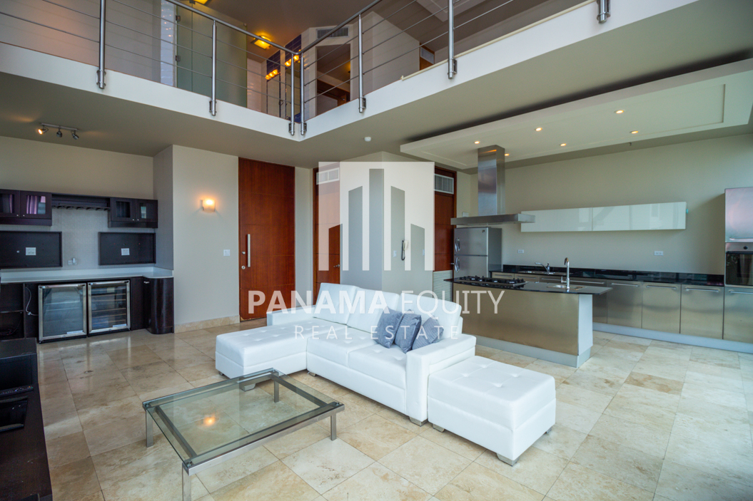 Spacious and Bright Furnished Loft Apartment For Rent in Loft Four 41 Punta Pacifica
