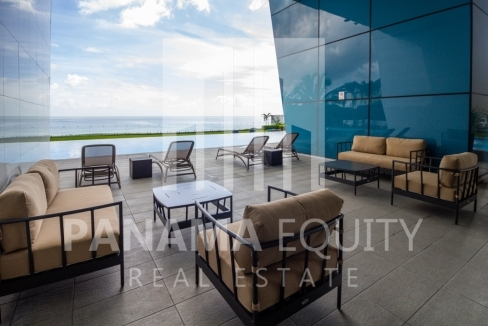Modern One-bedroom Grand Tower Apartment for Sale13