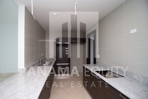 Modern One-bedroom Grand Tower Apartment for sale