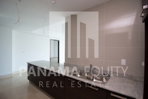 Modern One-bedroom Grand Tower Apartment  for sale in Panama City, Panama for Salefor Sale5