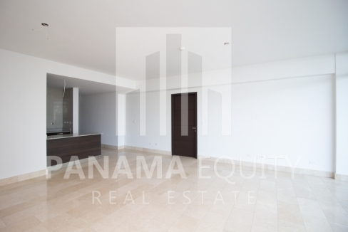Modern One-bedroom Grand Tower Apartment for Sale6