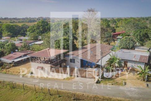 Pedasi Town Home w-Casita-1