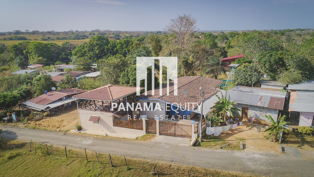 Two Homes Make this a Great Rental Property in Pedasí town