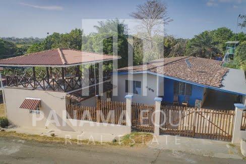 Pedasi Town Home w-Casita-3