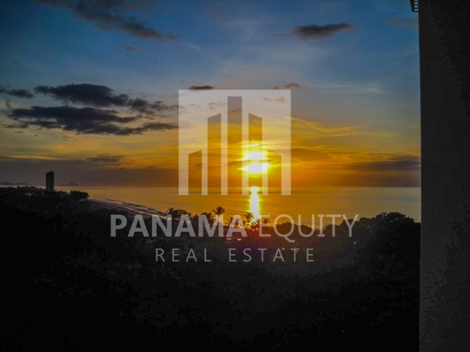 Gorgona Ocean Front Panama For Sale