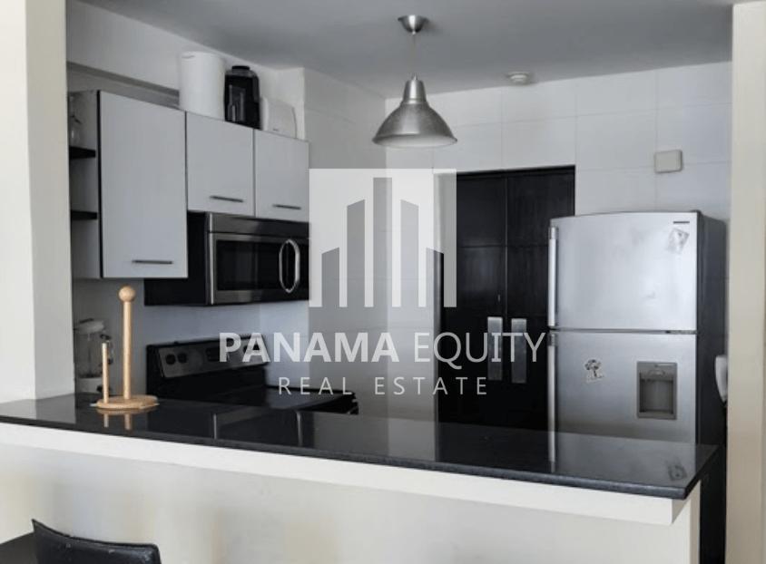 Apartment for Sale in the Heart of Avenida Balboa