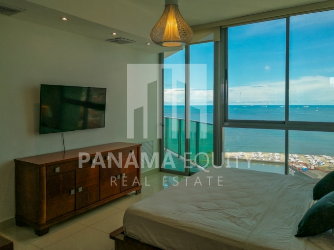Allure Avenida Balboa Panama Apartment for Rent