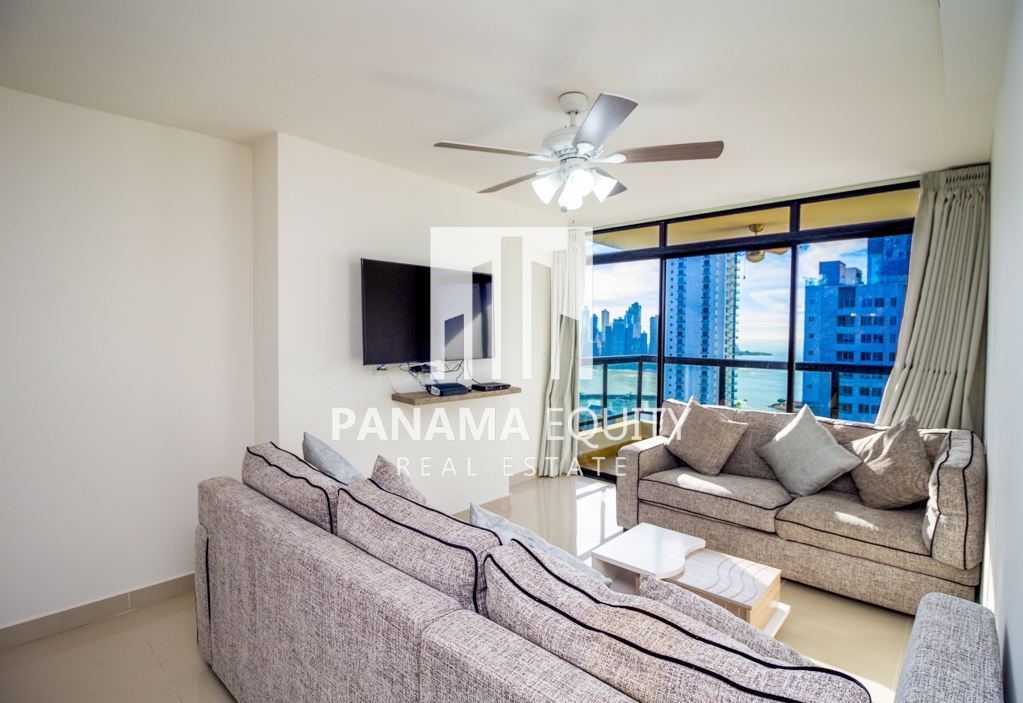Modern Fully-Furnished Apartment For Rent in Bella Vista