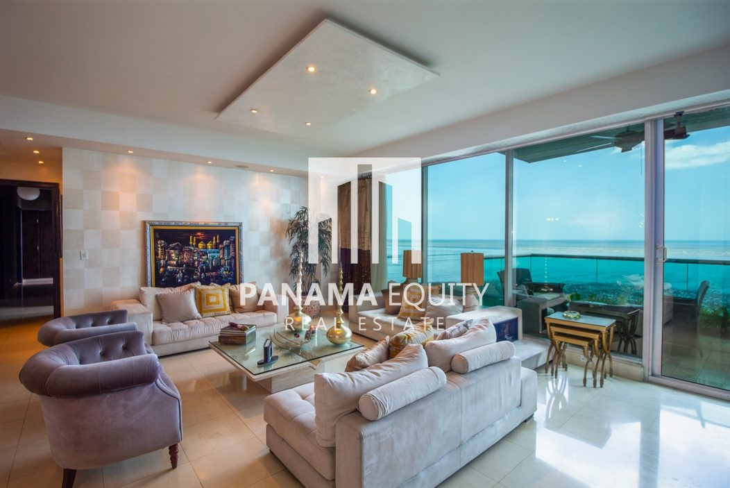 Costa del Este Ocean One Building Means Front Line Luxury