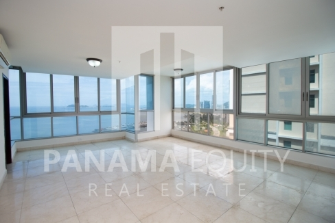 Villa del Mar Avenida Balboa Panama Apartment for Sale