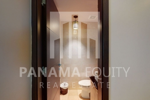 Three-Bedroom Ocean Front Condo for sale in Grand Tower -11Panama