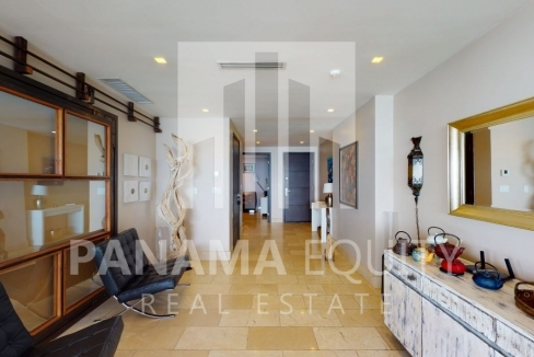 Three-Bedroom Ocean Front Condo for sale in Grand Tower Panama-10