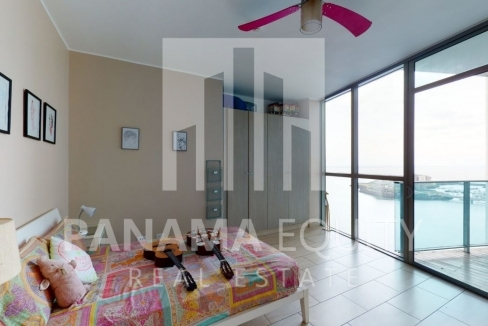 Three-Bedroom Ocean Front Condo for sale in Grand Tower Panama-15