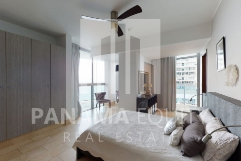 Three-Bedroom Ocean Front Condo for sale in Grand Tower Panama-17