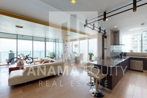 Three-Bedroom Ocean Front Condo for sale in Grand Tower Panama-2