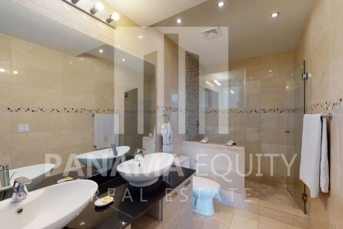 Three-Bedroom Ocean Front Condo for sale in Grand Tower Panama-21