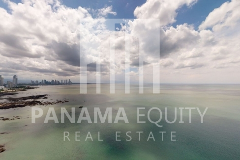 Three-Bedroom Ocean Front Condo for sale in Grand Tower Panama-25
