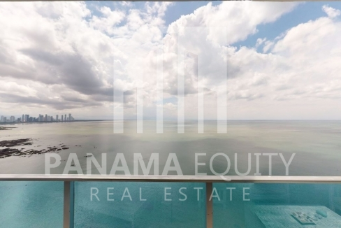 Three-Bedroom Ocean Front Condo for sale in Grand Tower Panama-26