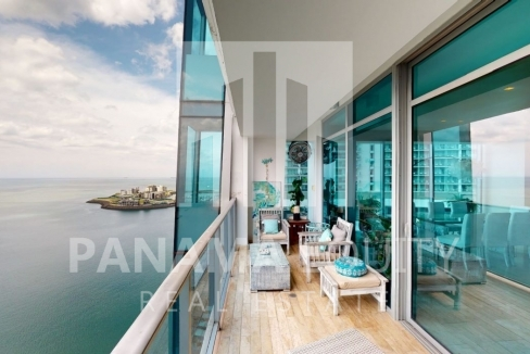 Three-Bedroom Ocean Front Condo for sale in Grand Tower Panama-27