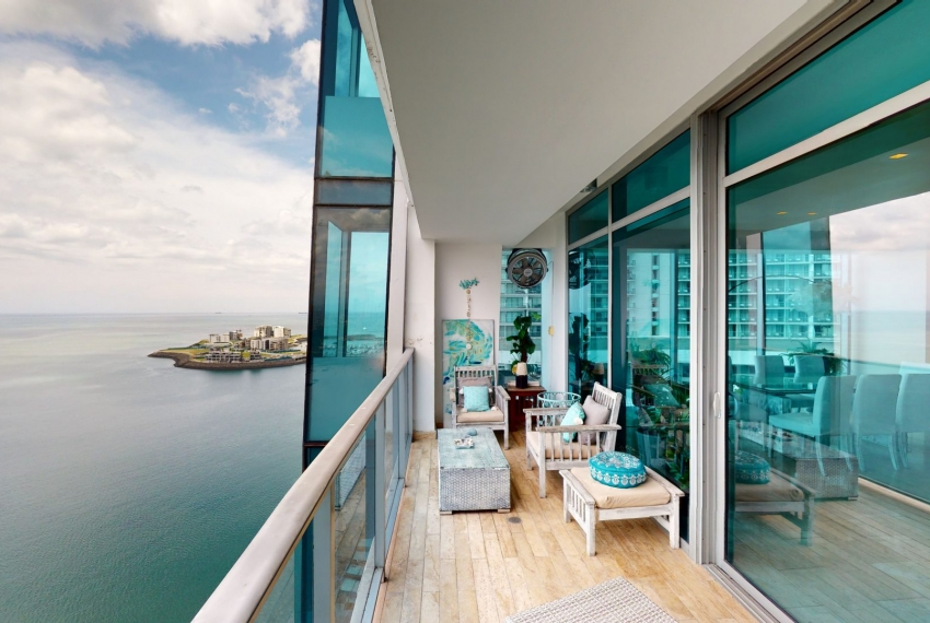 Three-Bedroom Ocean Front Condo for sale in Grand Tower Panama-28