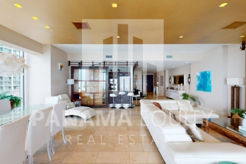 Three-Bedroom Ocean Front Condo for sale in Grand Tower Panama-4
