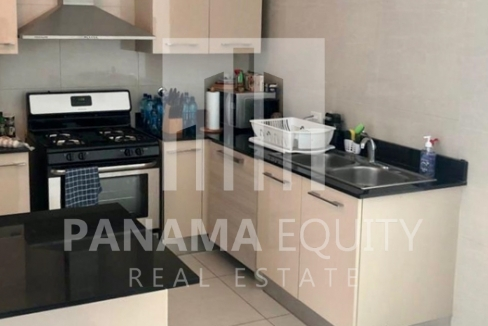 Allure Avenida Balboa Panama Apartment for Rent-005