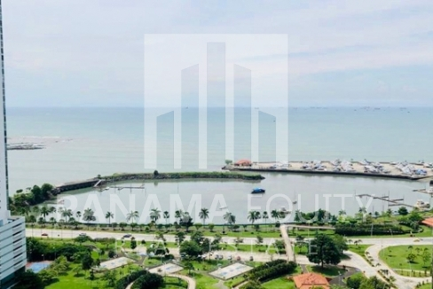 Allure Avenida Balboa Panama Apartment for Rent-006