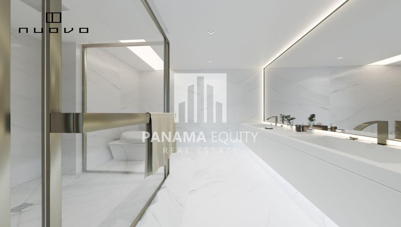 Bathroom-Luxury-apartment-in-Balboa-Avenue