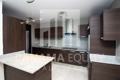 Grand Tower Punta Pacifica Panama Apartment for Rent-004