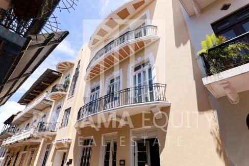 Casa Art Deco Casco Viejo Panama Apartment for rent-019
