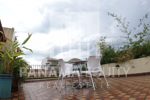 Cuatro Casas Casco Viejo Panama apartment for sale