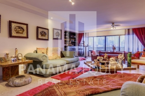 Three-Bedroom Apartment for sale in Country Park San Francisco_14