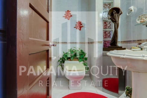 Three-Bedroom Apartment for sale in Country Park San Francisco_16