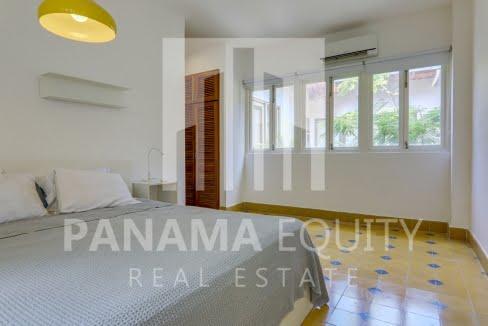cuatro_casas_casco_viejo_panama_apartment_for_sale_master_bedroom_1