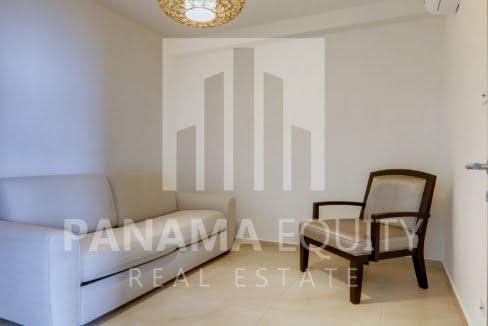 royal_palm_gorgona_panama_apartment_for_sale_den