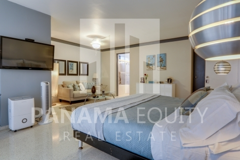 Three-Bedroom Apartment for sale in Mar de Plata Paitilla_21