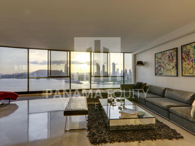 Three-Bedroom Apartment for sale in Mar de Plata Paitilla