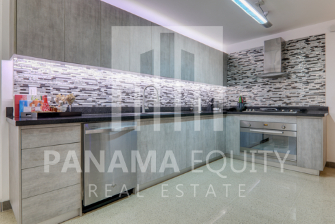 Three-Bedroom Apartment for sale in Mar de Plata Paitilla_9