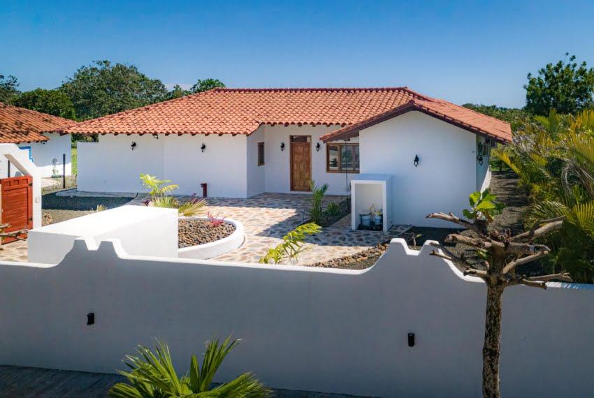 Botique subdivision close to beach (17 of 22)