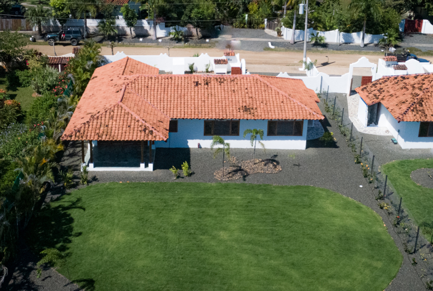 Botique subdivision close to beach (21 of 22)