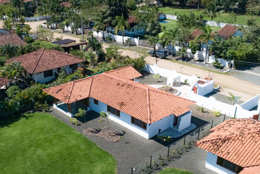 Botique subdivision close to beach (7 of 22)