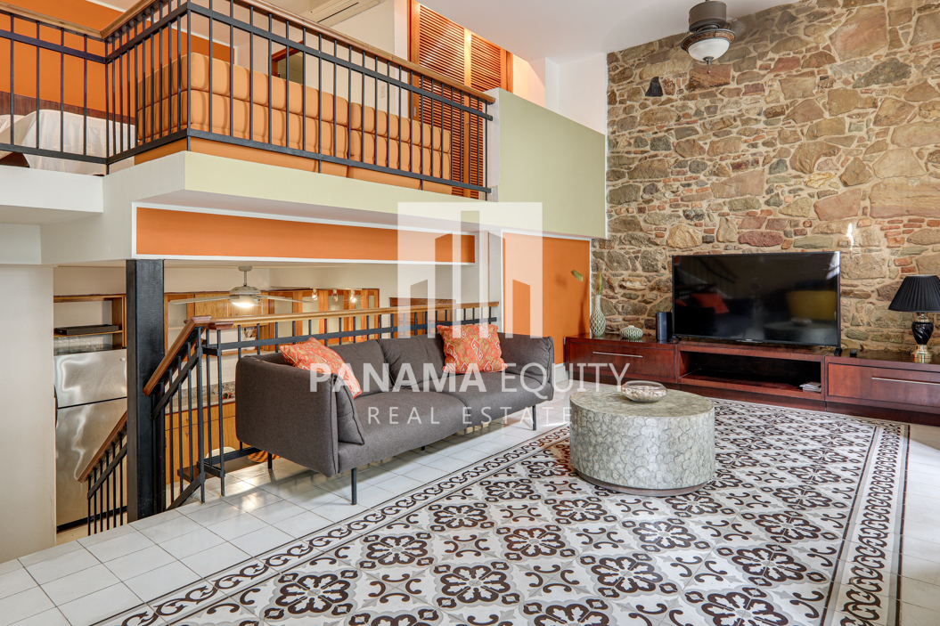 Fabulous Furnished One-bedroom Loft For Rent in Cuatro Casas Casco Viejo