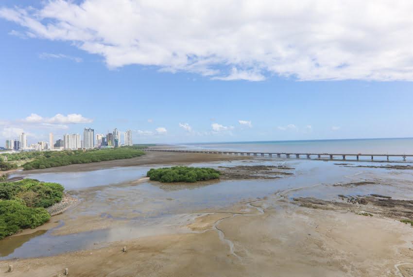 Icon Tower 2 Bedroom ocean view condo for sale in Coco del Mar (23)