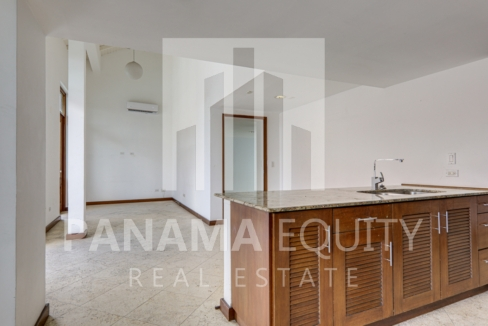 Puerta de Mar Casco Viejo Panama Apartment for Rent-004