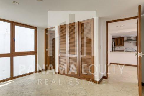 Puerta de Mar Casco Viejo Panama Apartment for Rent-009